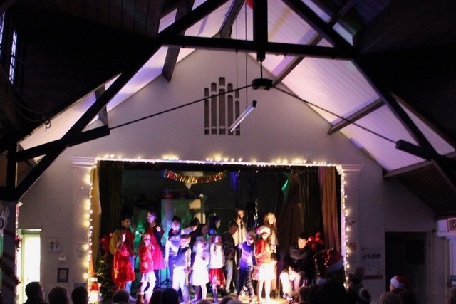 2016 Christmas Show - Abbots Brook Hall